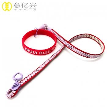 Custom logo rubber puller neck lanyard zipper