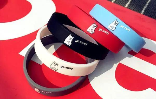 Why do many companies use silicone wristband accessories to increase brand aware